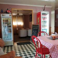 Farmhouse Coffee Lounge Cafe 24 Toomey St Yarraman Qld 4614 Australia