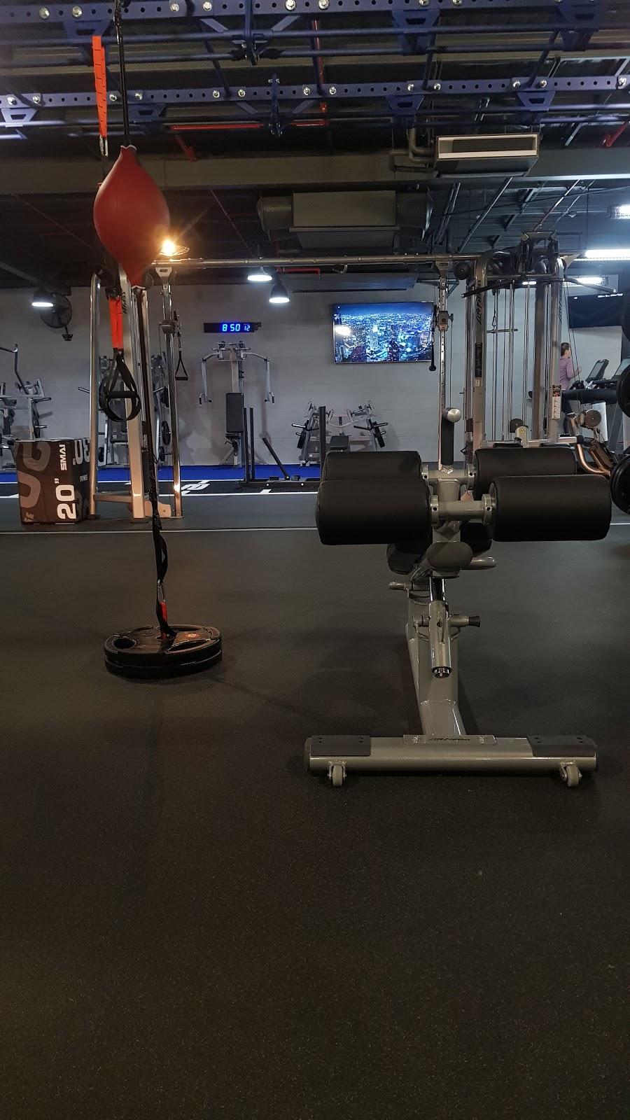 Lennox head gym