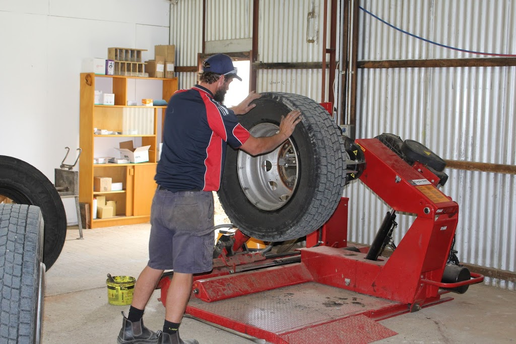Monaro Discount Tyres - Trucking | car repair | 26 Holland Rd, Polo Flat, Cooma NSW 2630, Australia | 0264523878 OR +61 2 6452 3878