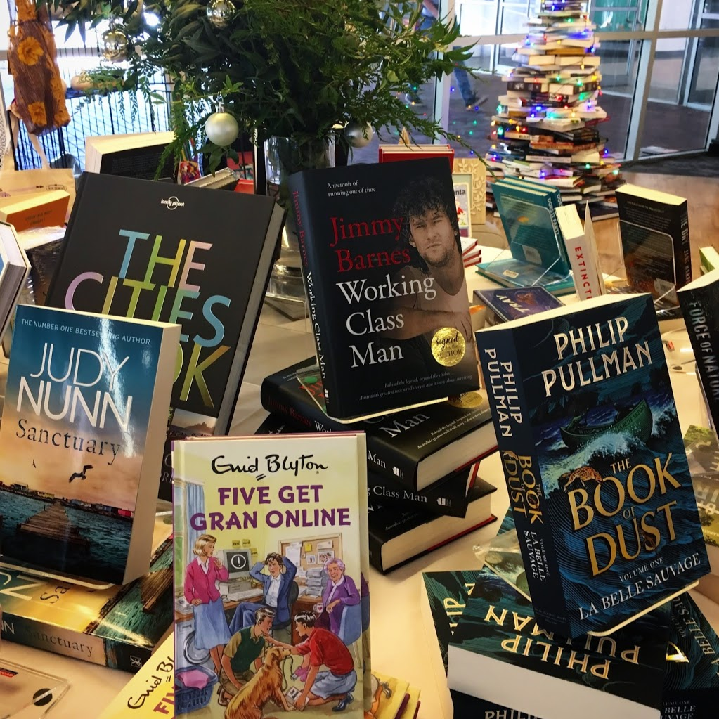 UOW UniShop | book store | University of Wollongong, 11 Northfields Avenue, Gwynneville NSW 2500, Australia | 0242218050 OR +61 2 4221 8050