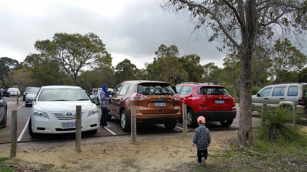 David Cruickshank Reserve   park   Dalkeith WA 6009, Australia