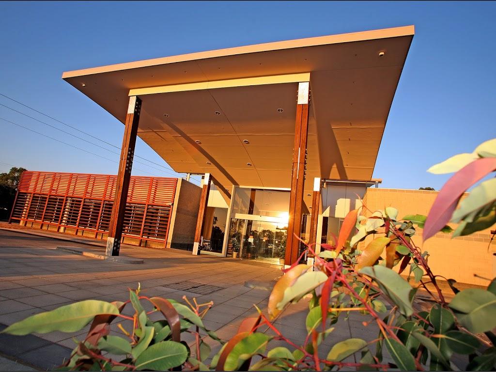 Euston Bowling and Recreation Club | point of interest | 2/28 Nixon St, Euston NSW 2737, Australia | 0350264244 OR +61 3 5026 4244