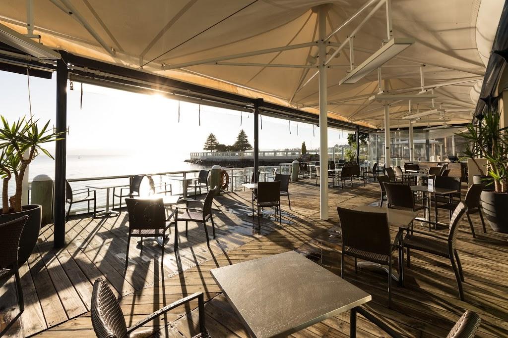 Wrest Point | lodging | 410 Sandy Bay Rd, Sandy Bay TAS 7005, Australia | 0362211888 OR +61 3 6221 1888