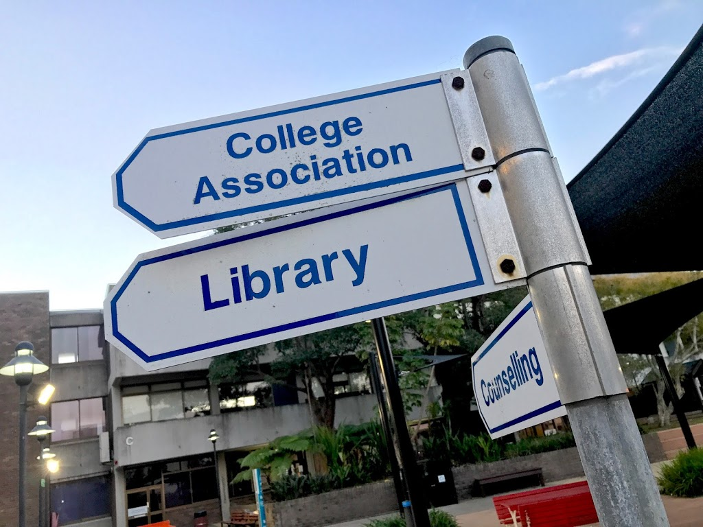 TAFE NSW Hornsby Library | library | Building A Level 1/205 Peats Ferry Rd, Hornsby NSW 2077, Australia | 0294721258 OR +61 2 9472 1258