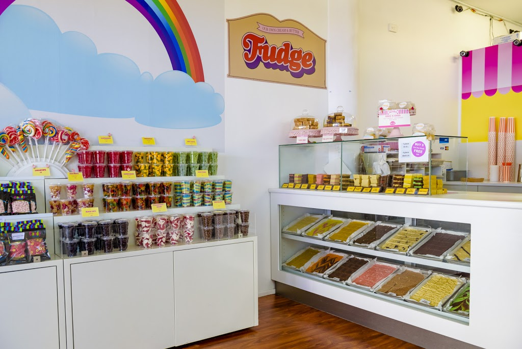 Smoochies Fudge & Ice Cream | store | Smoochies Fudge & Ice Cream, Shop 5/1 King St, Cotton Tree QLD 4558, Australia | 0754434094 OR +61 7 5443 4094