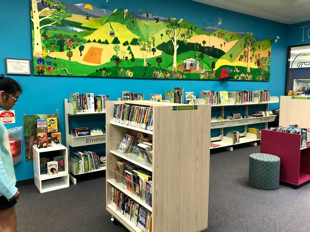 Onkaparinga Libraries (Hub Library) | library | Hub Dr, Aberfoyle Park SA 5159, Australia | 0883840100 OR +61 8 8384 0100