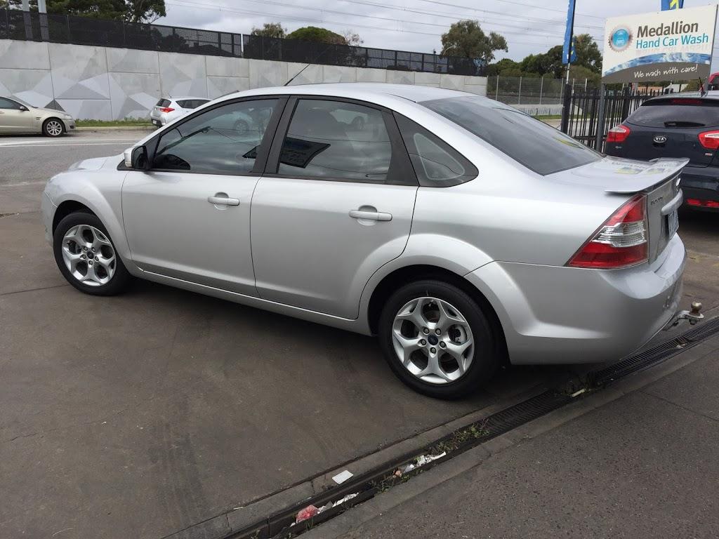 Medallion hand car wash | car wash | 118 Dandenong Rd, Frankston VIC 3199, Australia | 0397831222 OR +61 3 9783 1222