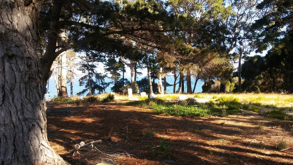 Cemetery Beach | gym | Lunawanna TAS 7150, Australia