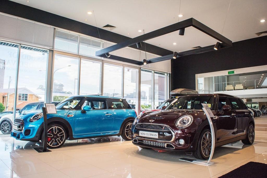 Gold Coast MINI Garage | car dealer | 82/84 Nerang St, Southport QLD 4215, Australia | 0755577990 OR +61 7 5557 7990
