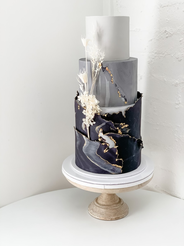 Cake House by Katrina Allan | bakery | Withcott QLD 4352, Australia | 0423481501 OR +61 423 481 501