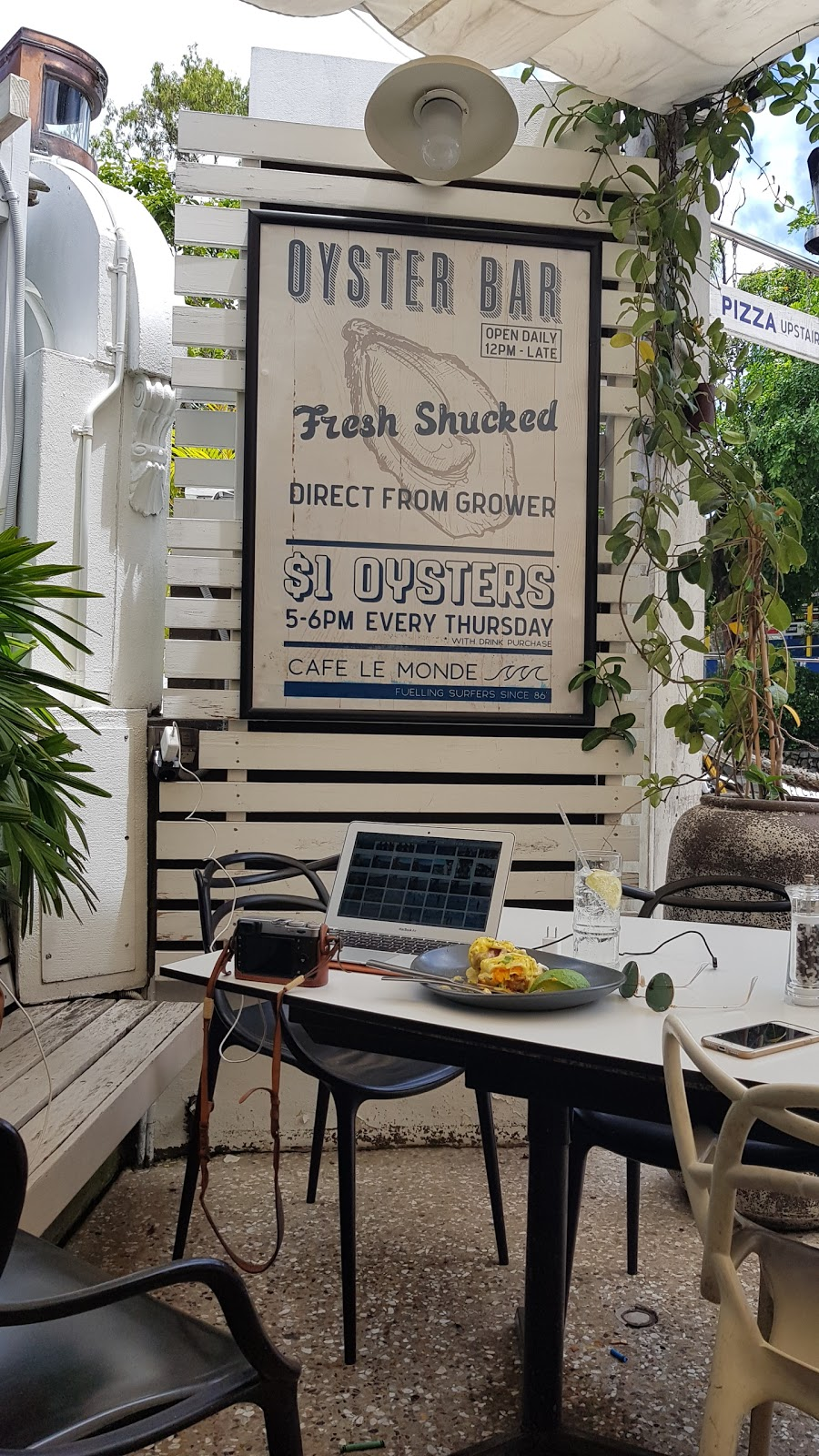 Coconut Head | cafe | 61 Hastings St, Noosa Heads QLD 4567, Australia