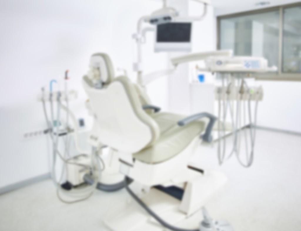 DI Dental Implant Centre | doctor | 4/2 Stadium Cct, Mulgrave VIC 3170, Australia | 1800467526 OR +61 1800 467 526