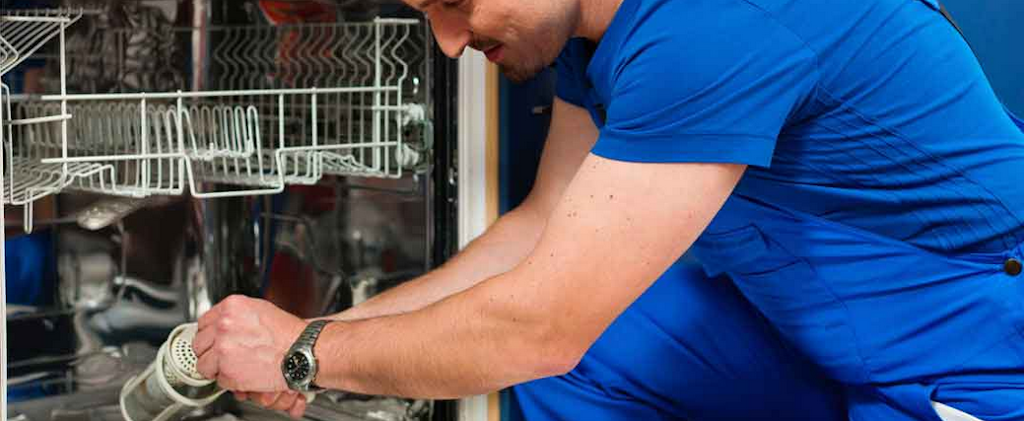 Graeme Kent Electrical Appliance Geelong Service Pty Ltd | home goods store | 27 Elizabeth St, Geelong West VIC 3218, Australia | 0352216588 OR +61 3 5221 6588
