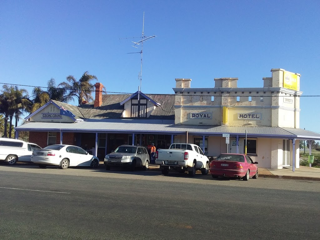 Royal Hotel | bar | 35 Narrandera St, Grong Grong NSW 2652, Australia | 0269562117 OR +61 2 6956 2117