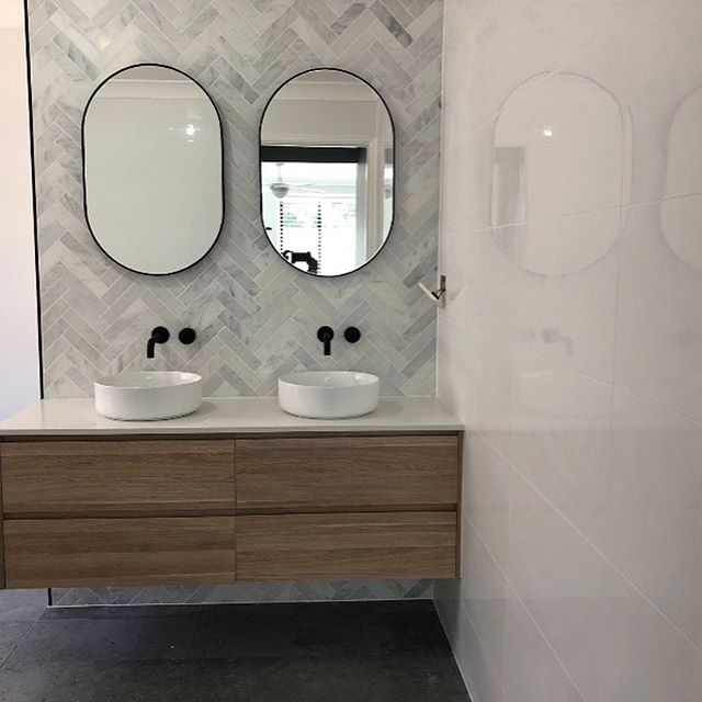 Schofield Tiling & Bathroom Renovations | home goods store | 6 Newell Rd, Macmasters Beach NSW 2251, Australia | 0422705178 OR +61 422 705 178