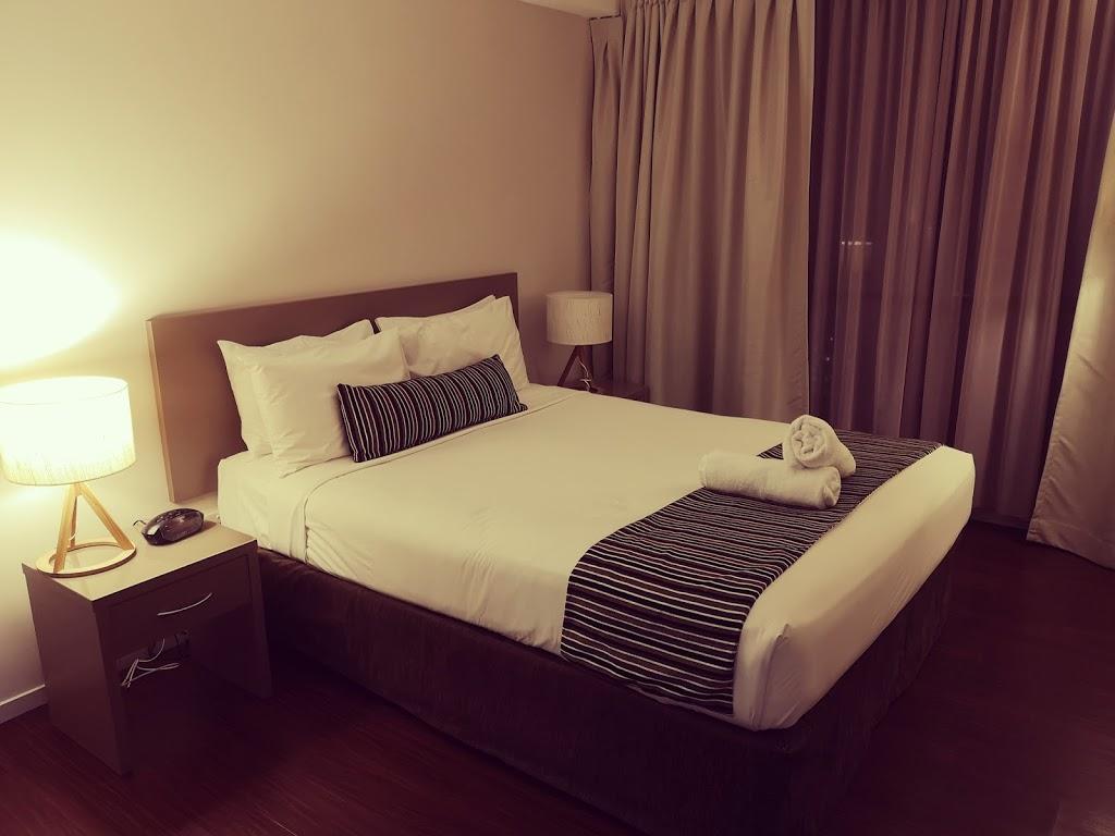 Cairns Plaza Hotel | lodging | 145 Esplanade, Cairns City QLD 4870, Australia | 0740514688 OR +61 7 4051 4688