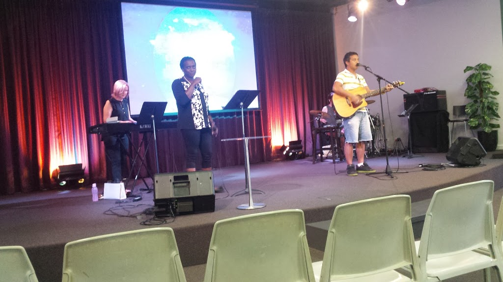 Darwin Baptist Church | church | Stuart Hwy &, Ross Smith Ave, Ludmilla NT 0820, Australia | 0889410701 OR +61 8 8941 0701