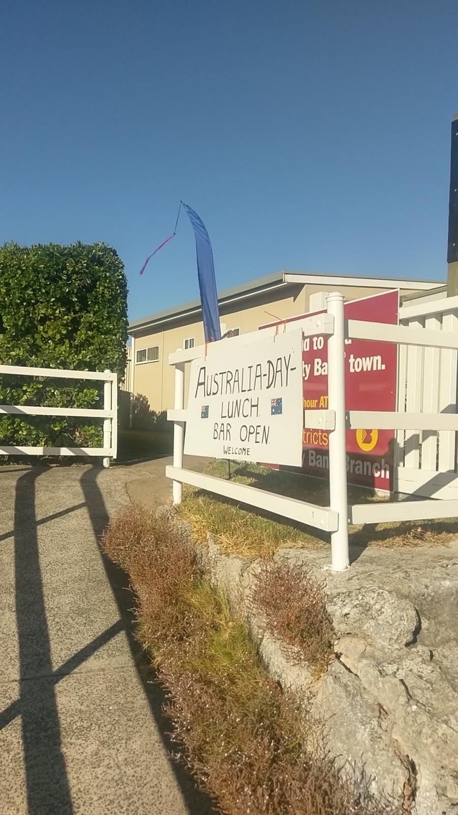 Robe Bowling Club   bar   1 Victoria St, Robe SA 5276, Australia   87682022 OR +61 87682022