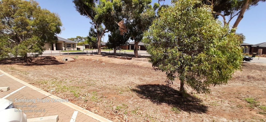 Kinross Avenue Car Park | parking | 22 Kinross Ave, Burton SA 5110, Australia