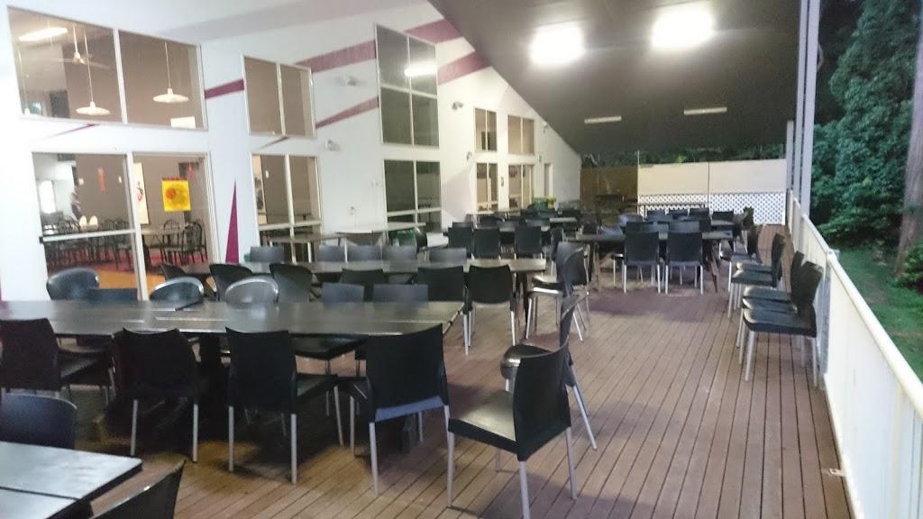 Palmwoods Bowls Club | restaurant | 1 Nicklin Road cnr Nicklin &, Chevallum Rd, Palmwoods QLD 4555, Australia | 0754459190 OR +61 7 5445 9190