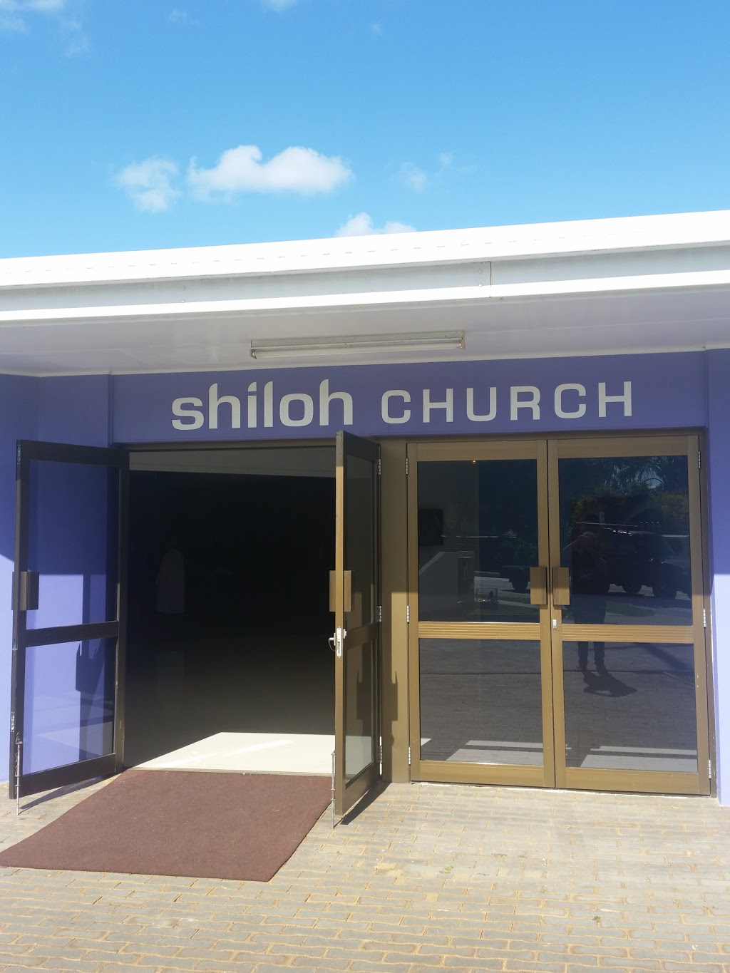 Shiloh Church Goodna | church | 72 Redbank Plains Rd, Goodna QLD 4300, Australia | 0732885966 OR +61 7 3288 5966