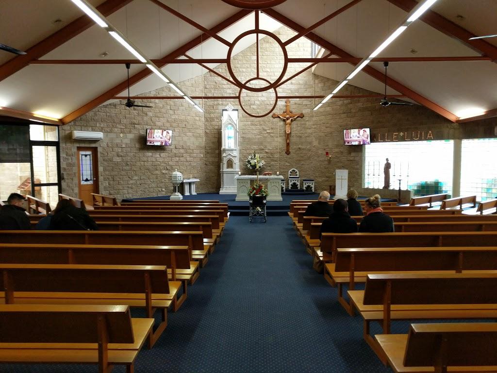 St Josephs Catholic Church | church | 4 William St, Cobram VIC 3644, Australia | 0358711031 OR +61 3 5871 1031
