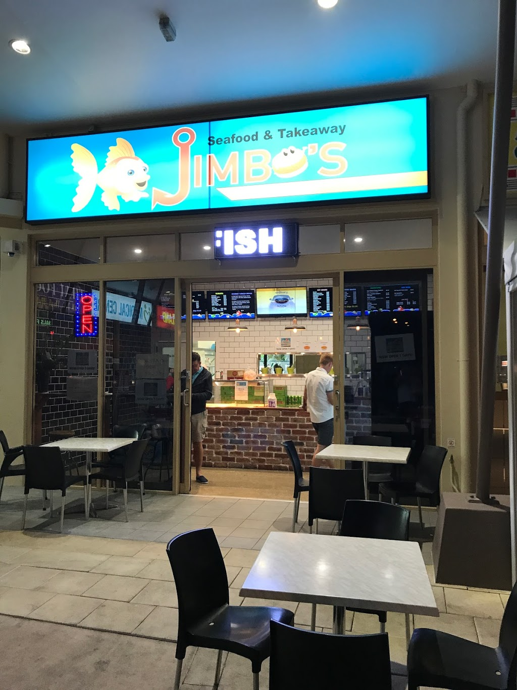 Jimbos seafood and takeaway | cafe | Unit 8, unit 8 unit 8/2 Universal St, Pacific Pines QLD 4211, Australia | 0755023555 OR +61 7 5502 3555