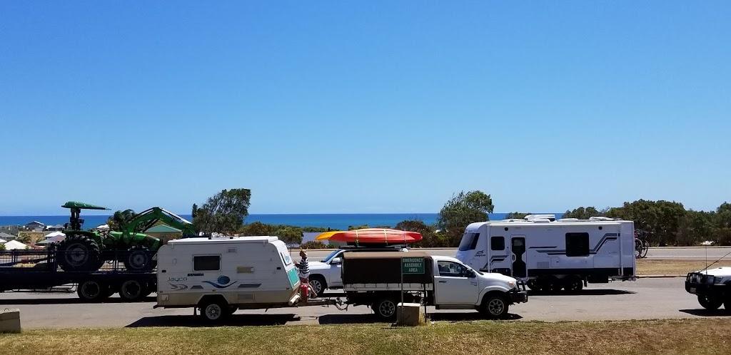 Puma 440 Roadhouse   gas station   Lot 101 N W Coastal Hwy, Drummond Cove WA 6530, Australia   0899381334 OR +61 8 9938 1334