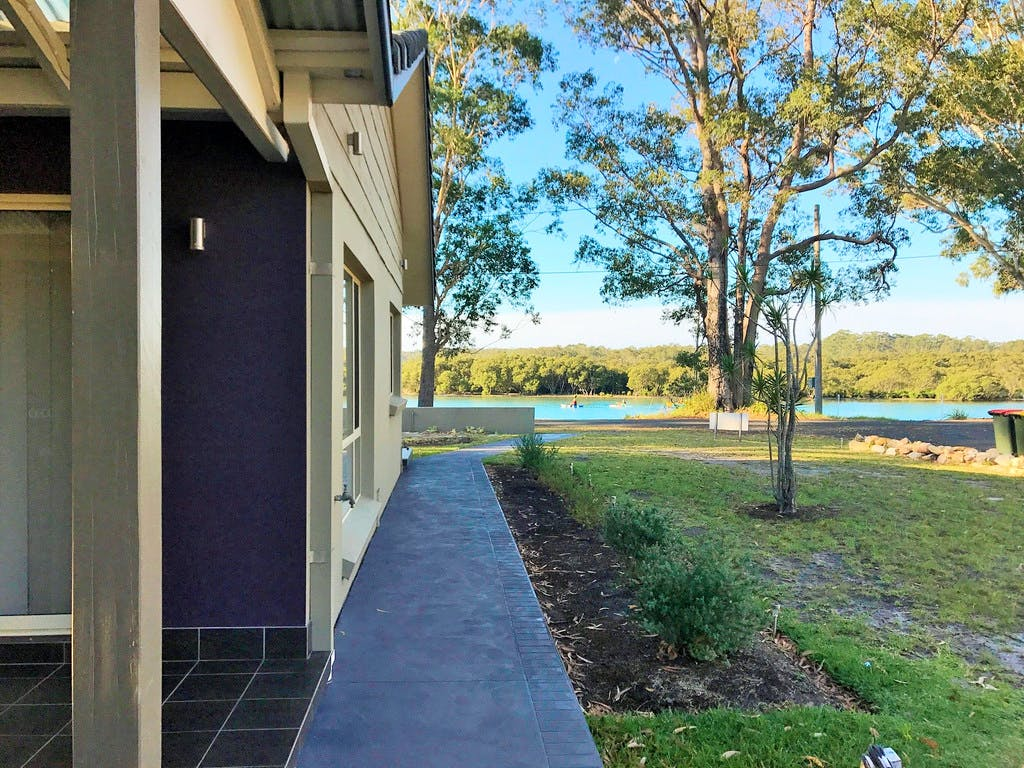 Deep Water Paradise   lodging   12 Coulon St, Woollamia NSW 2540, Australia   0244415188 OR +61 2 4441 5188
