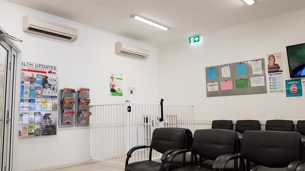 Bass Hill Medical Centre Pharmacy | health | 3/862 Hume Hwy, Bass Hill NSW 2197, Australia | 0297438891 OR +61 2 9743 8891