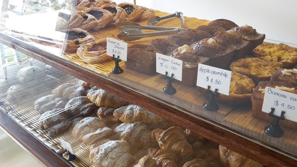 Jacques Patisserie Boulangerie | bakery | 2/681 New Cleveland Rd, Gumdale QLD 4154, Australia | 0733939117 OR +61 7 3393 9117
