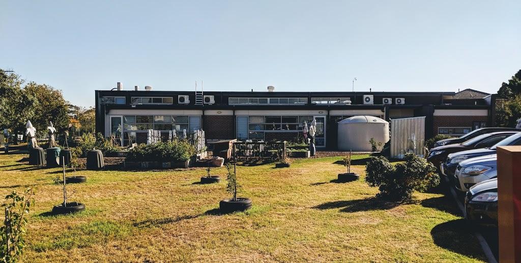 Albion Primary School   school   61 - 81 Adelaide St, Albion VIC 3020, Australia   0393111325 OR +61 3 9311 1325