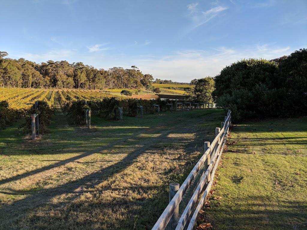Nunkeri Fields Country House and Vineyard | lodging | 147 Brash Rd, Yallingup WA 6282, Australia | 0897566200 OR +61 8 9756 6200