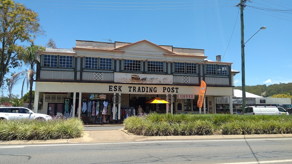 Esk Trading Post | furniture store | 112 Ipswich St, Esk QLD 4312, Australia | 0754242618 OR +61 7 5424 2618