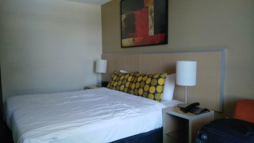 Travelodge Hotel Rockhampton | lodging | 86 Victoria Parade, Rockhampton City QLD 4700, Australia | 0749945000 OR +61 7 4994 5000