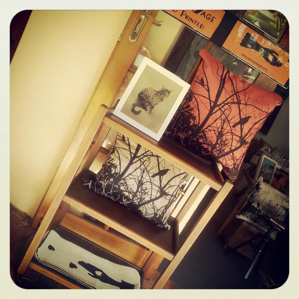 Paloma Le Sage Handprinted   art gallery   Toorak Ave, Mangerton NSW 2500, Australia   0402028430 OR +61 402 028 430