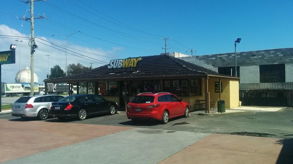 Subway | restaurant | 146-148 Frankston Road Corner Greens and Frankston Roads, Dandenong South VIC 3175, Australia | 0397934995 OR +61 3 9793 4995