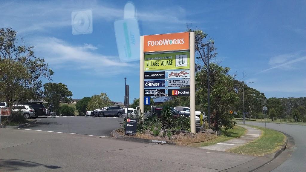Australia Post - Hallidays Point LPO | post office | Hallidays Point Village Centre, shop 2/85 High St, Hallidays Point NSW 2430, Australia | 0265592912 OR +61 2 6559 2912