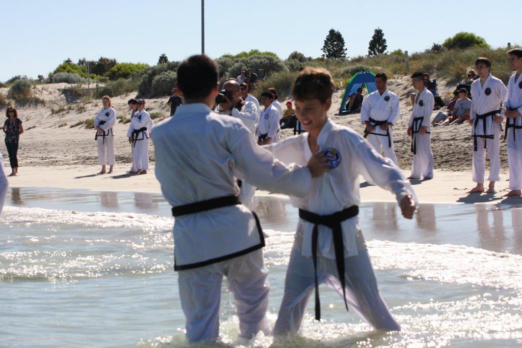 Duncraig Tae Kwon Do Martial Arts | gym | Readshaw Rd, Duncraig WA 6023, Australia | 0892757878 OR +61 8 9275 7878