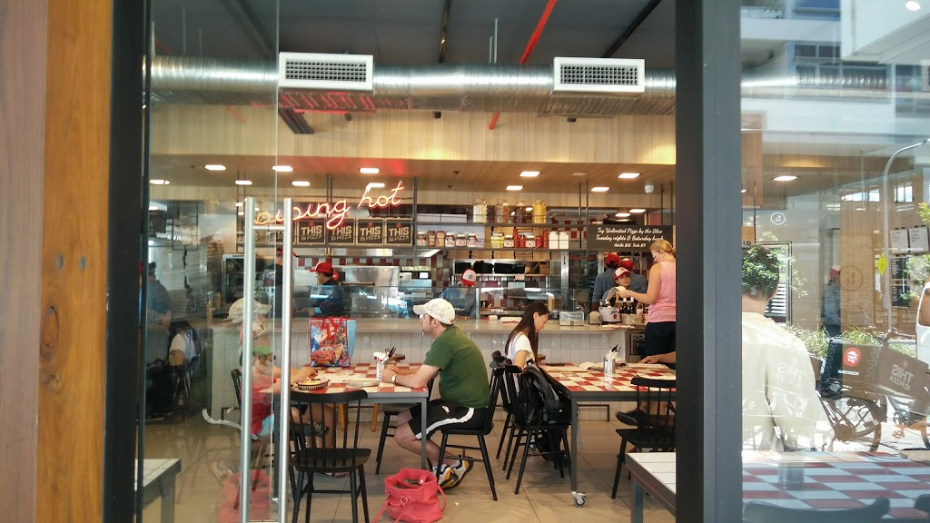 Pizza Hut Waterloo   meal delivery   7 Archibald Ave, Waterloo NSW 2017, Australia   131166 OR +61 131166