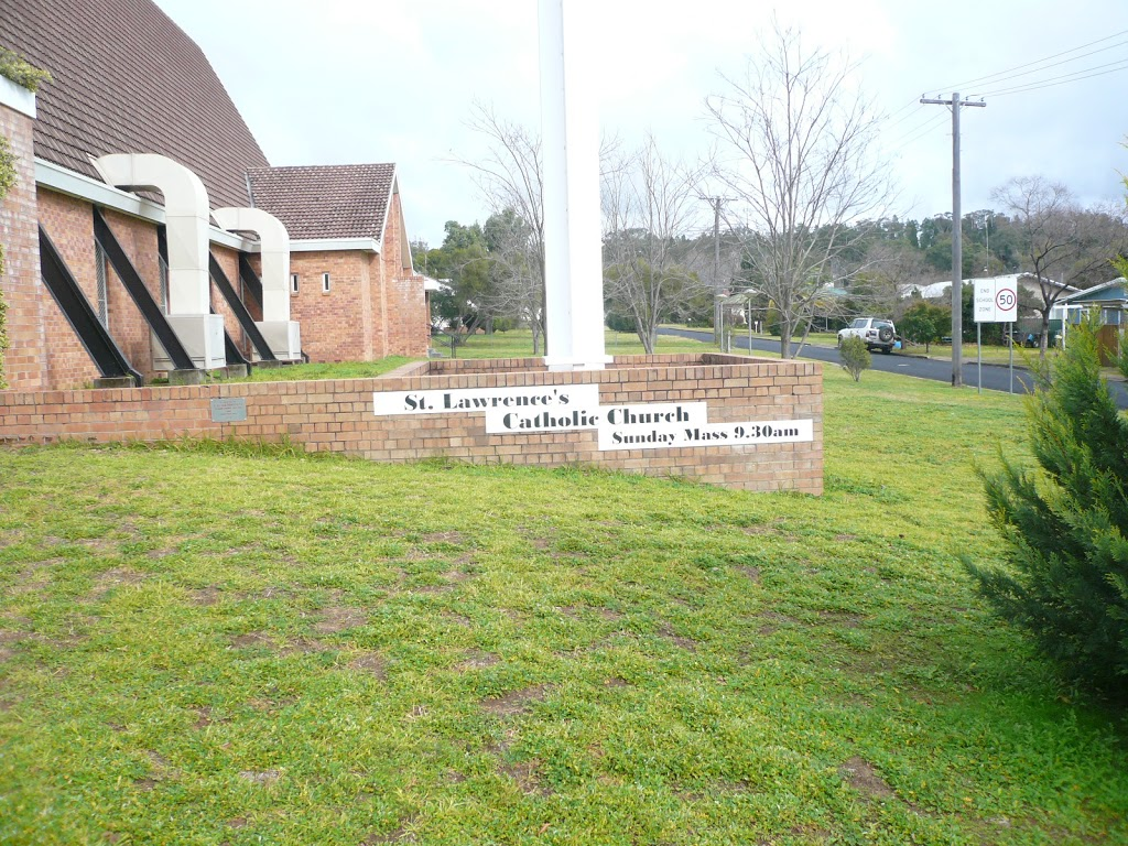 Saint Lawrences Catholic Church | church | 14 Namoi St, Coonabarabran NSW 2357, Australia | 0268421043 OR +61 2 6842 1043