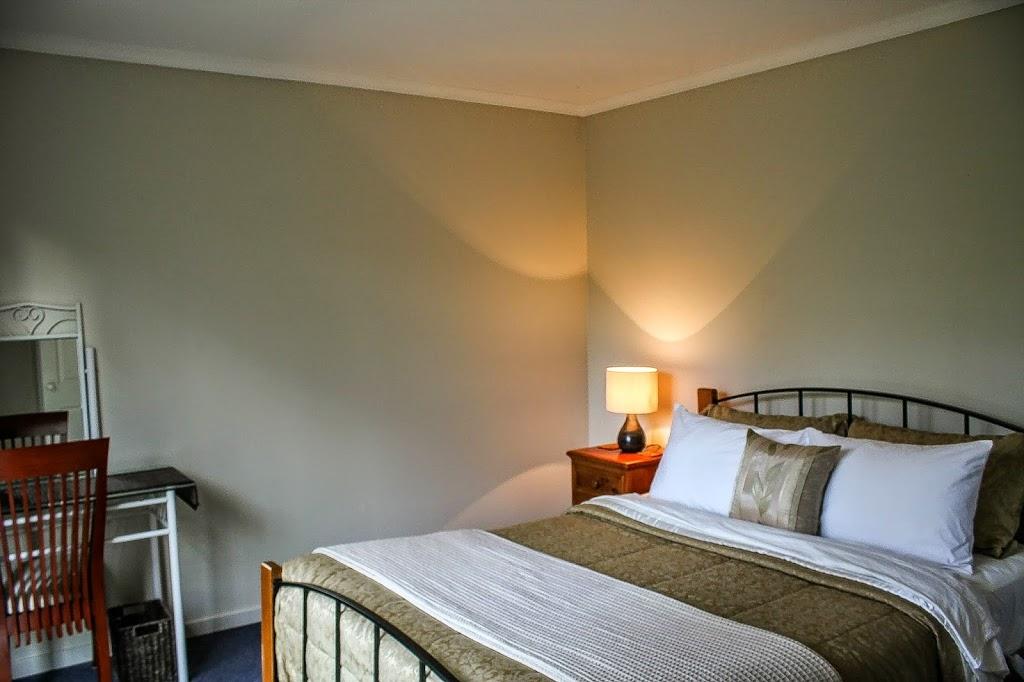 Taman Damai Country Retreat | lodging | 118 Jacka St, Bittern VIC 3918, Australia | 0447437417 OR +61 447 437 417