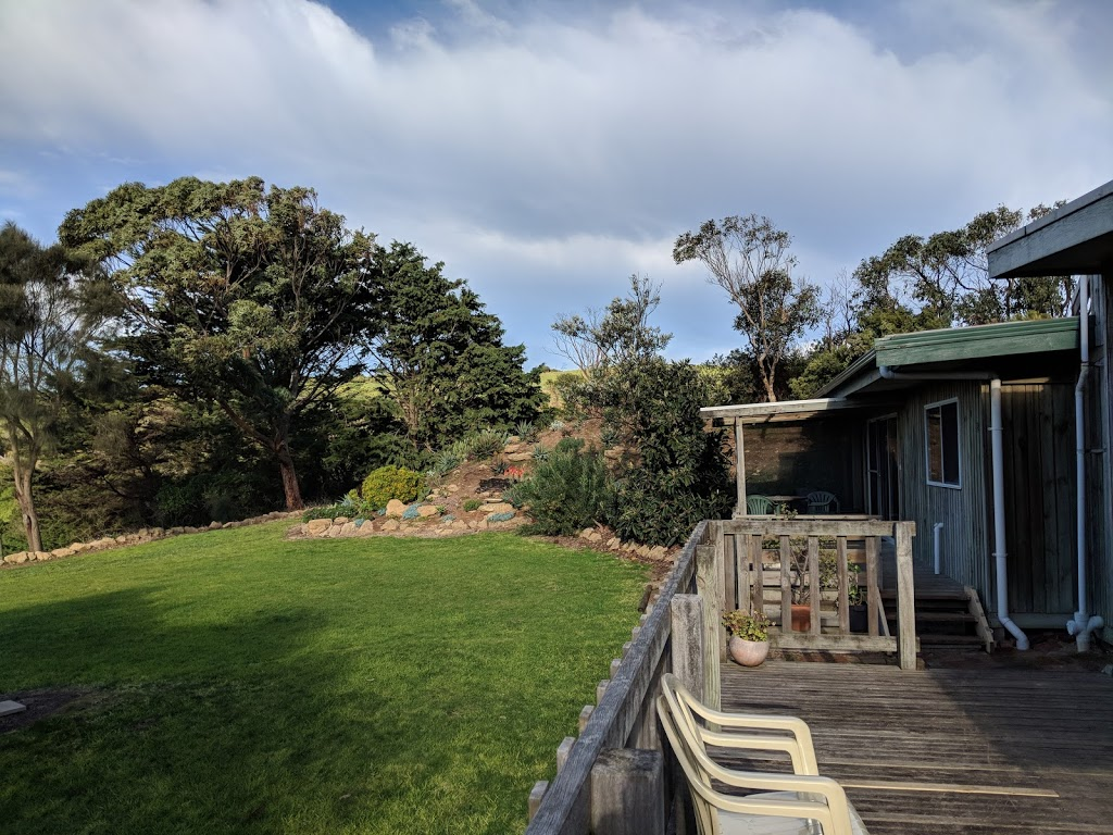 Clifton Beach Lodge | lodging | Great Ocean Rd, Princetown VIC 3269, Australia | 0428498577 OR +61 428 498 577