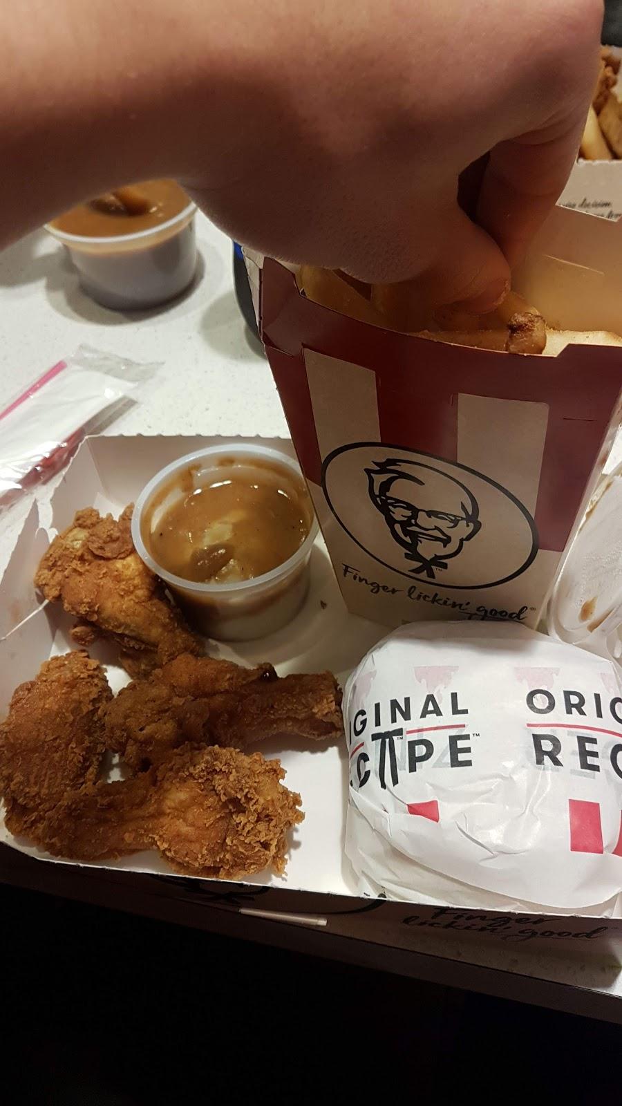 KFC Flowerdale   meal takeaway   72 Hoxton Park Road Corner, Flowerdale Rd, Liverpool NSW 2170, Australia   0297349455 OR +61 2 9734 9455