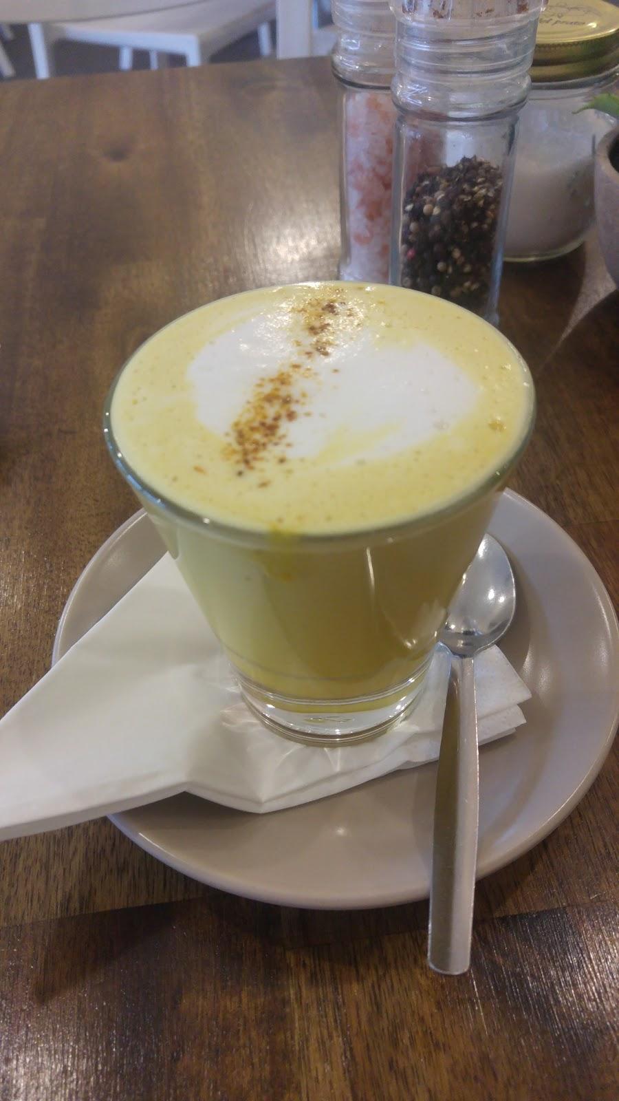 Three Beans Cafe & Deli | cafe | 7/61 Brice Ave, Mooroolbark VIC 3138, Australia | 0397272000 OR +61 3 9727 2000