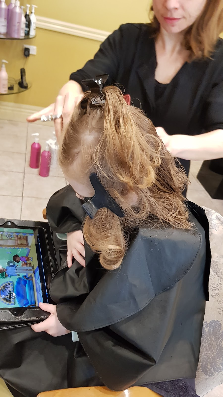 Nothing But Style Hair Studio | hair care | 12 Vivaldi Pl, Beaumont Hills NSW 2155, Australia | 0296291058 OR +61 2 9629 1058