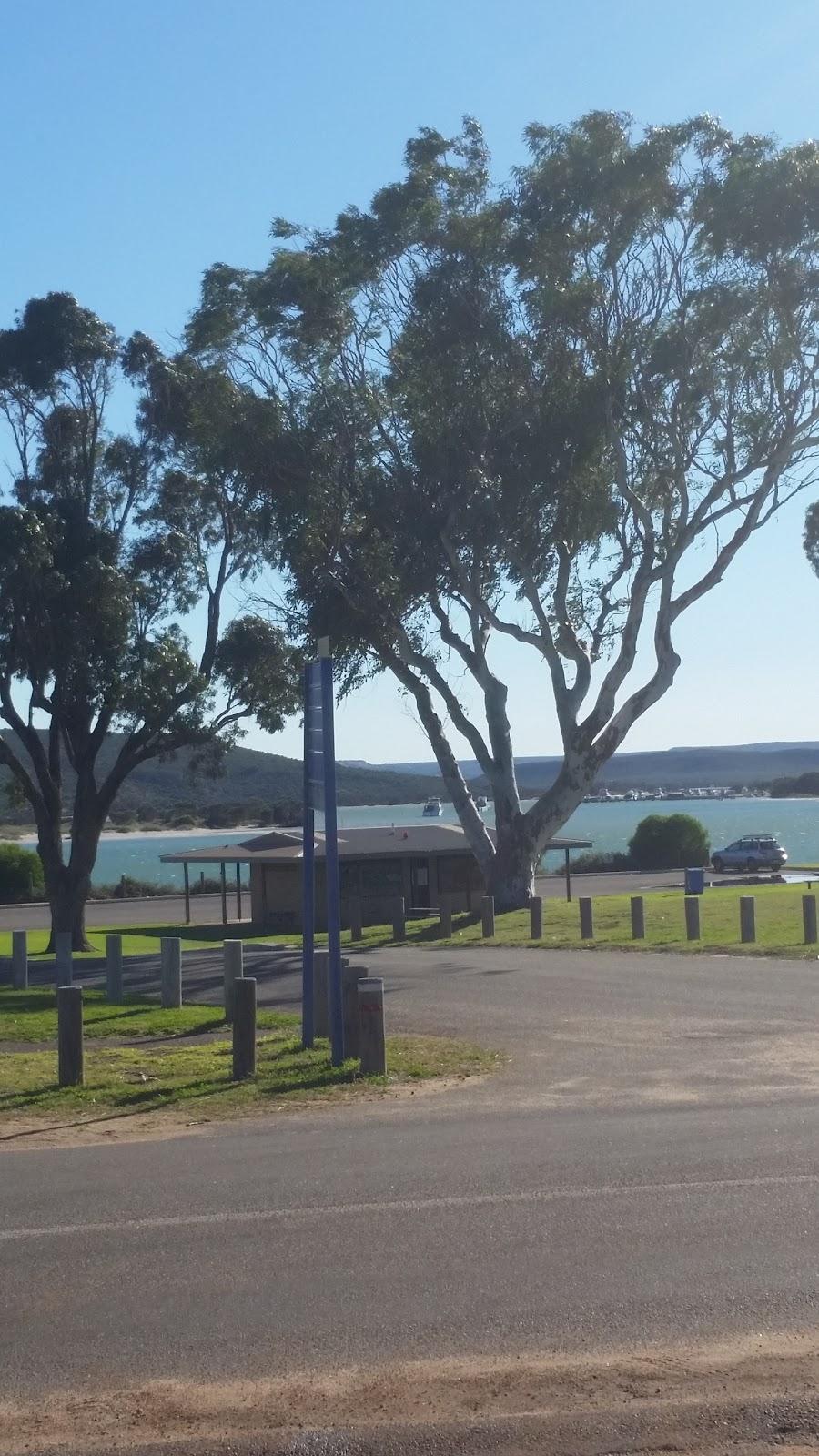 Sunsea Villas | lodging | 38 Grey St, Kalbarri WA 6536, Australia | 0899371187 OR +61 8 9937 1187