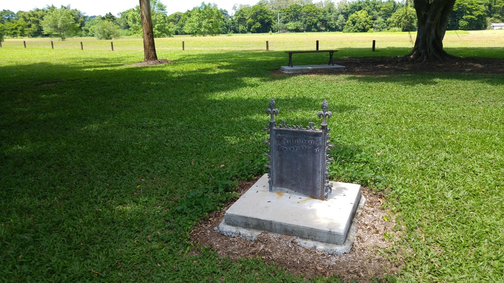 Old Smithfield Cemetery   park   LOT 46 Stewarts Rd, Barron QLD 4878, Australia