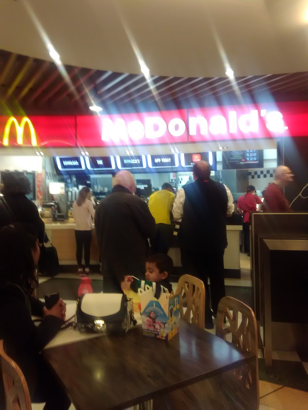 McDonalds Seven Hills Centre | meal takeaway | The Hills Shopping Centre, Federal Rd (cnr Prospect Hwy), Seven Hills NSW 2147, Australia | 0296768642 OR +61 2 9676 8642