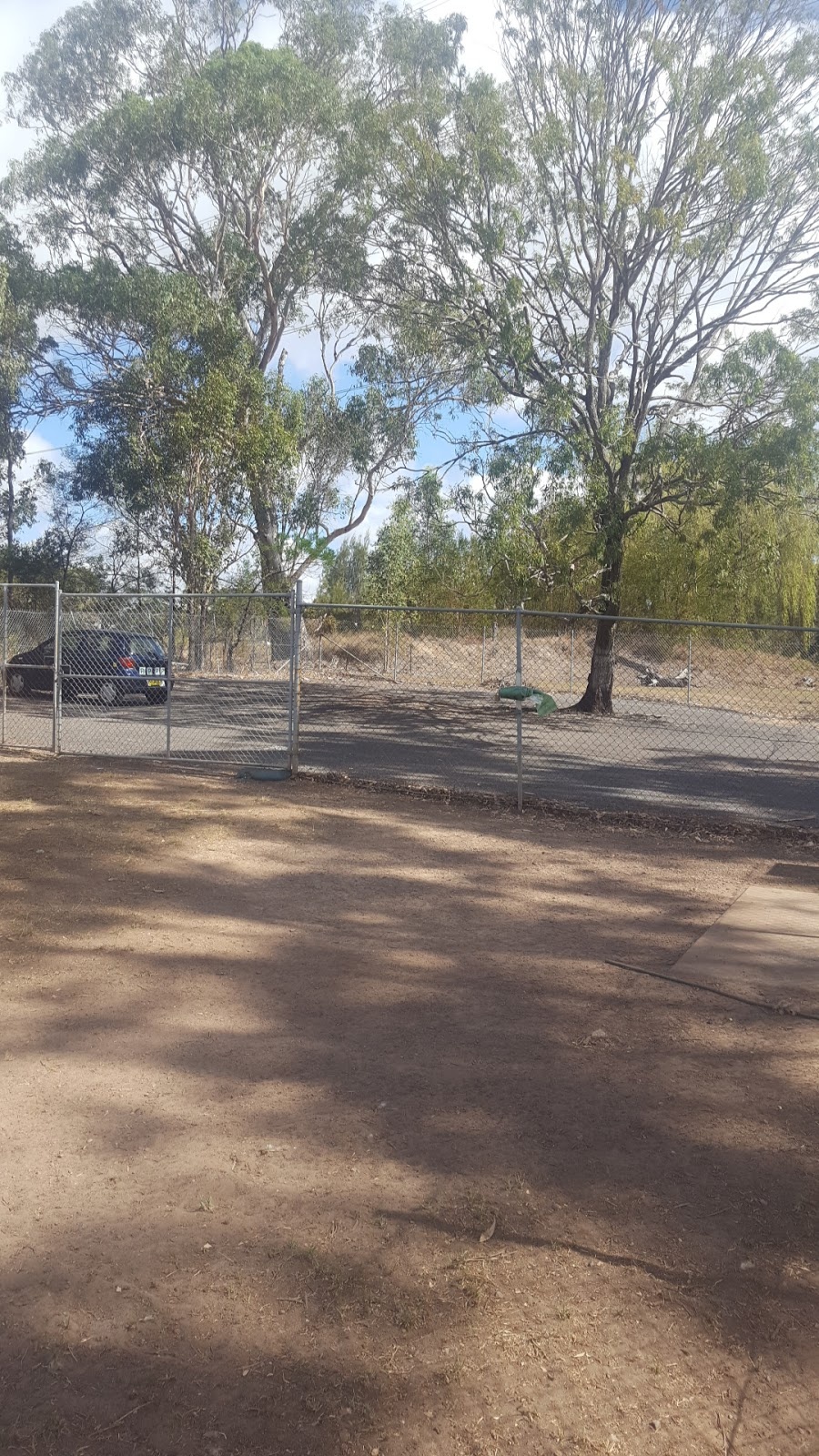 Minto Dog Park | park | 1/9 Eagleview Rd, Minto NSW 2566, Australia